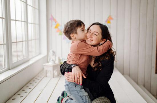 Anne – Çocuk İlişkilerinde Suçluluk: 'Vadesi Geçmiş Borç'luluk Hissi